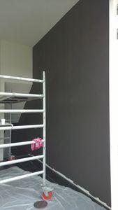 Schilderprojecten - binnenkant huis, bruine muur